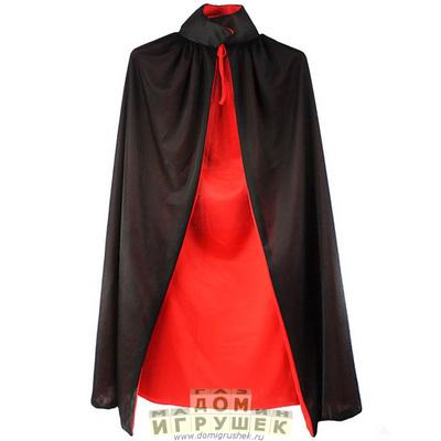 Вампирский плащ сделан двухсторонним, его можно носить как чёрной стороной, так.