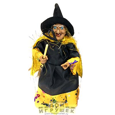 Ведьма с метлой 18 см.